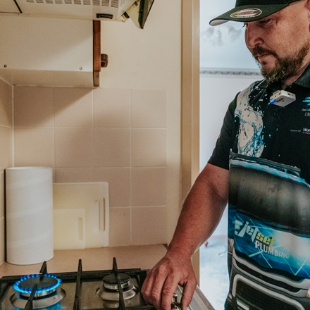 Plumber Near Me - professional gas fitter
