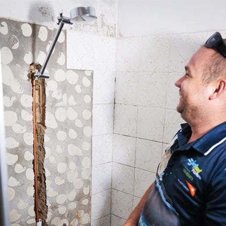 Leaking Shower Plumber Near Me